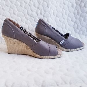 Toms Espadrilles wedge heel canvas taupe 7 shoes
